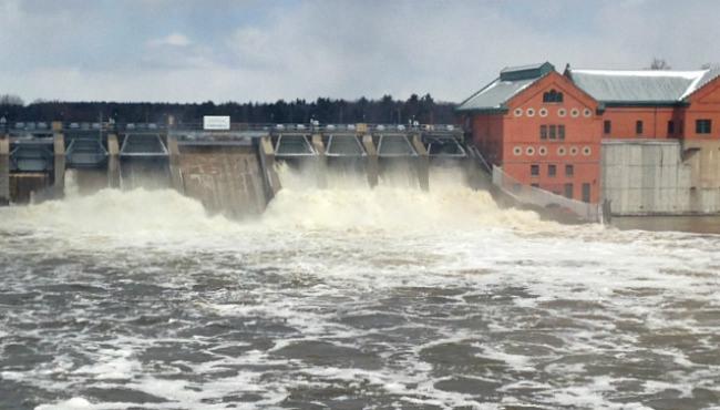 Croton-Dam-041514