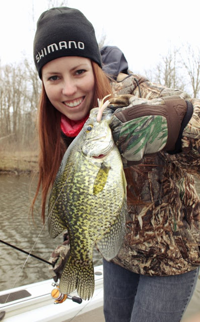 Crappie are in the canals at houghton lake michigan for Houghton lake fishing report